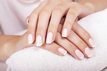 Manicure w Revival Clinic